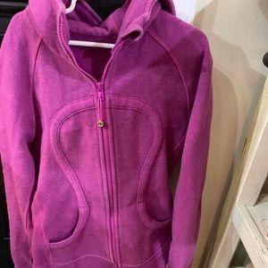 Lulu lemon hooded sweatshirt size 4